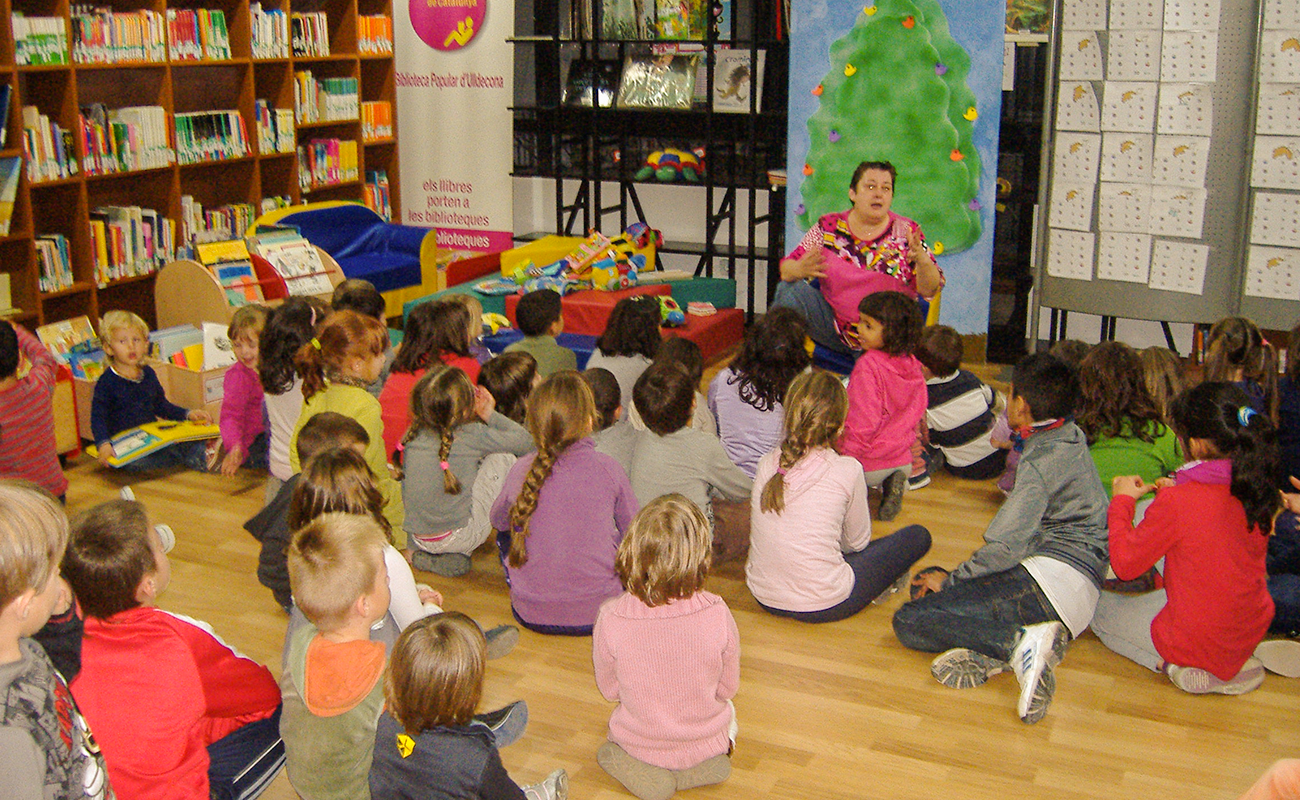 visita escolar biblioteca ulldecona (2)